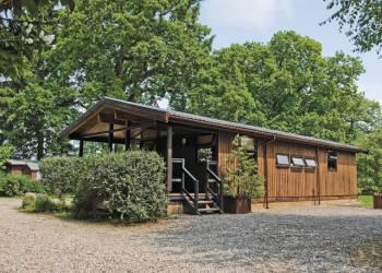 Charlcot Lodges