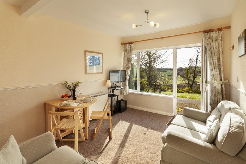 Lundy 3 a british holiday cottage for 4 in ,
