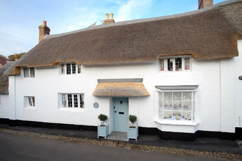 The Old Sweet Shop a british holiday cottage for 8 in ,