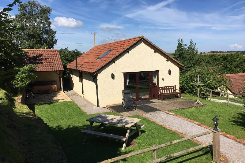 More information about Walnut Cottage - ideal for a family holiday