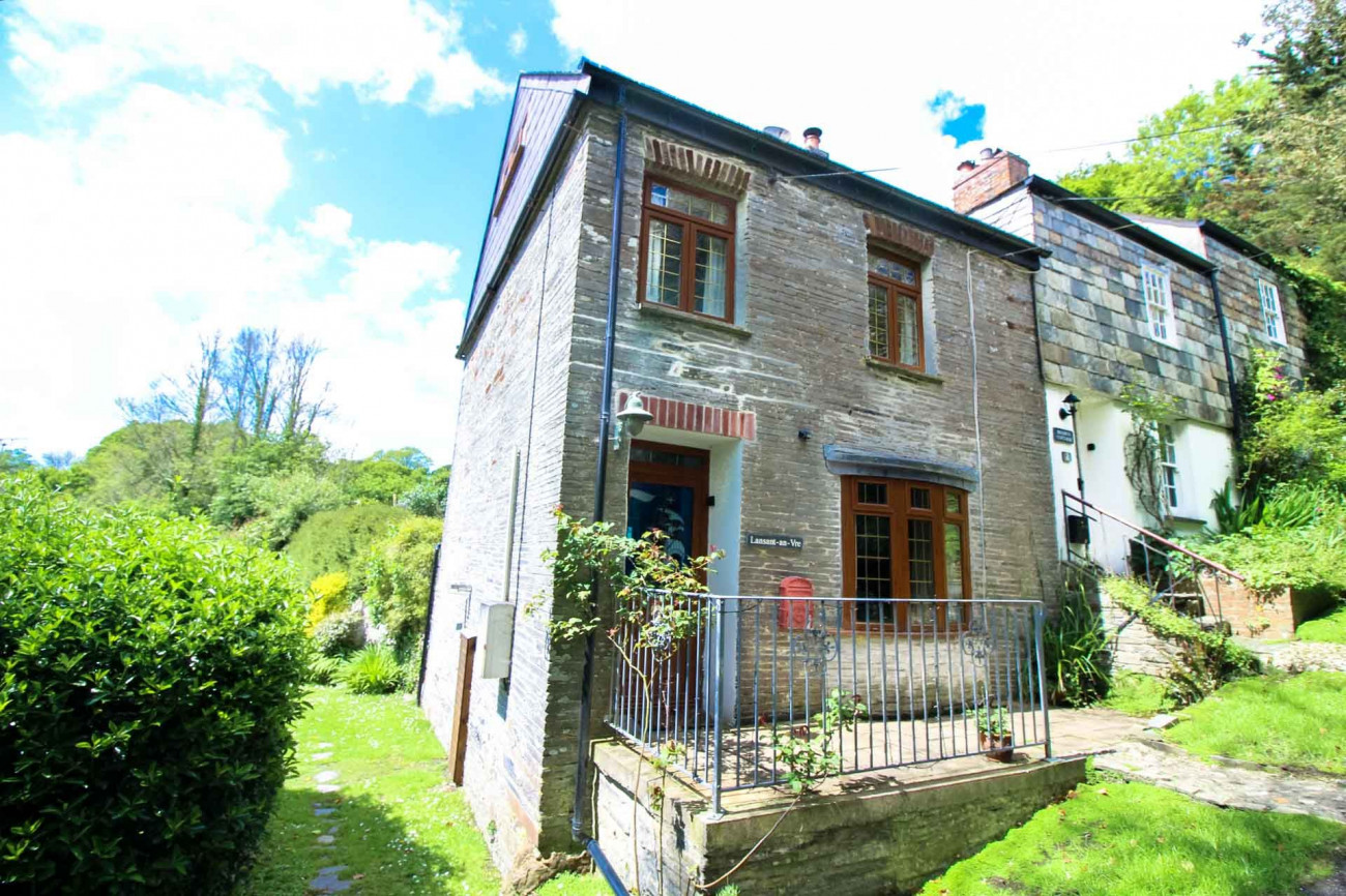 Lansant-An-Vre a british holiday cottage for 4 in ,