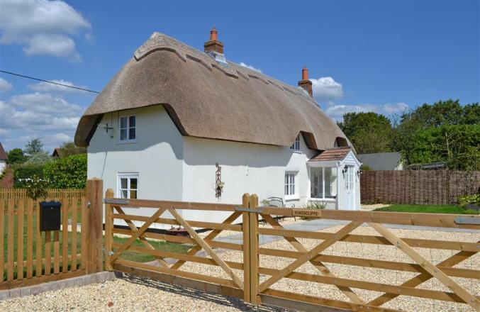 More information about Kingscliffe Cottage - ideal for a family holiday