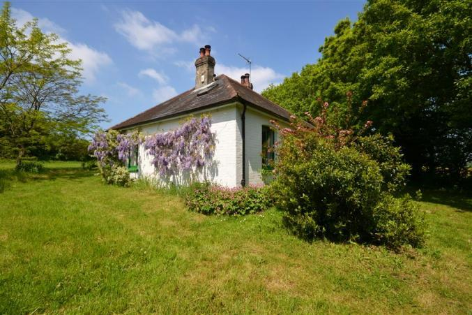 More information about Pinns Farm Bungalow - ideal for a family holiday