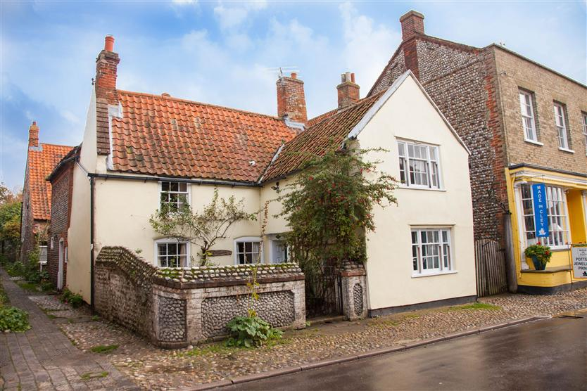 More information about Hambledon - ideal for a family holiday