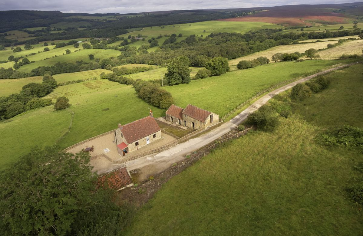 More information about Threp'nybit Cottage - ideal for a family holiday