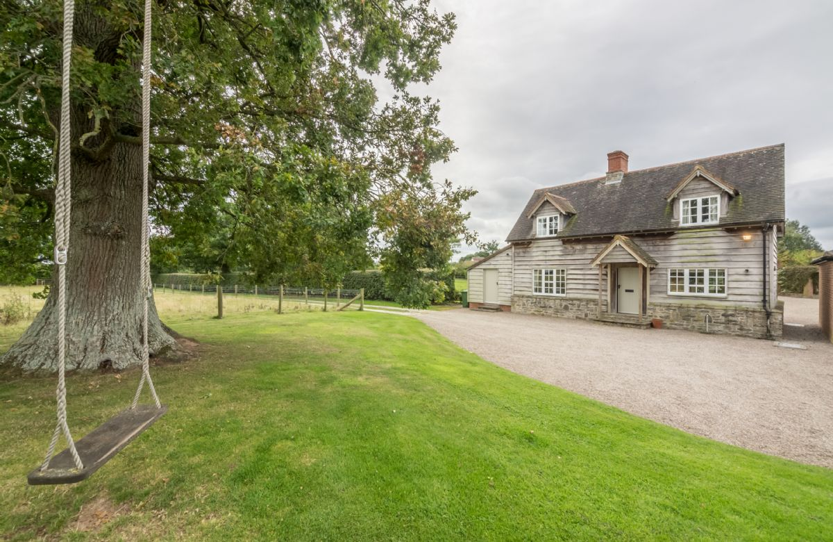 More information about Bearwood Cottage - ideal for a family holiday