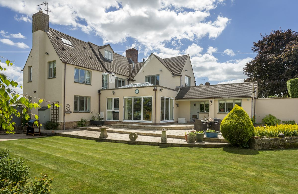 More information about Huntsbury Cottage - ideal for a family holiday