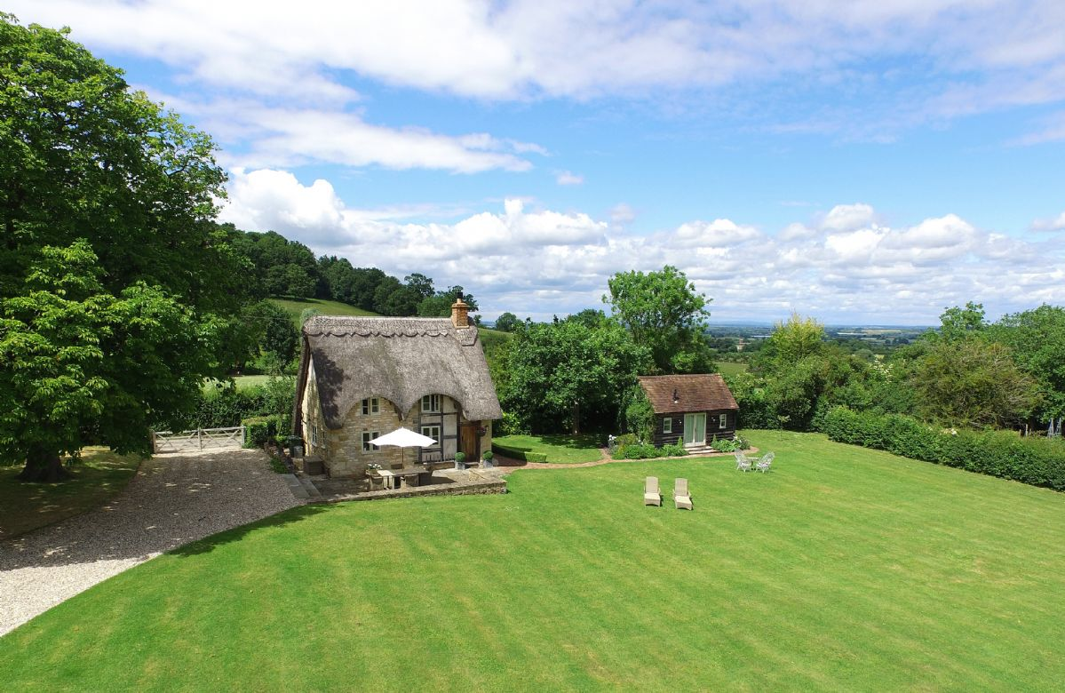 More information about Field Cottage and Garden Room - ideal for a family holiday