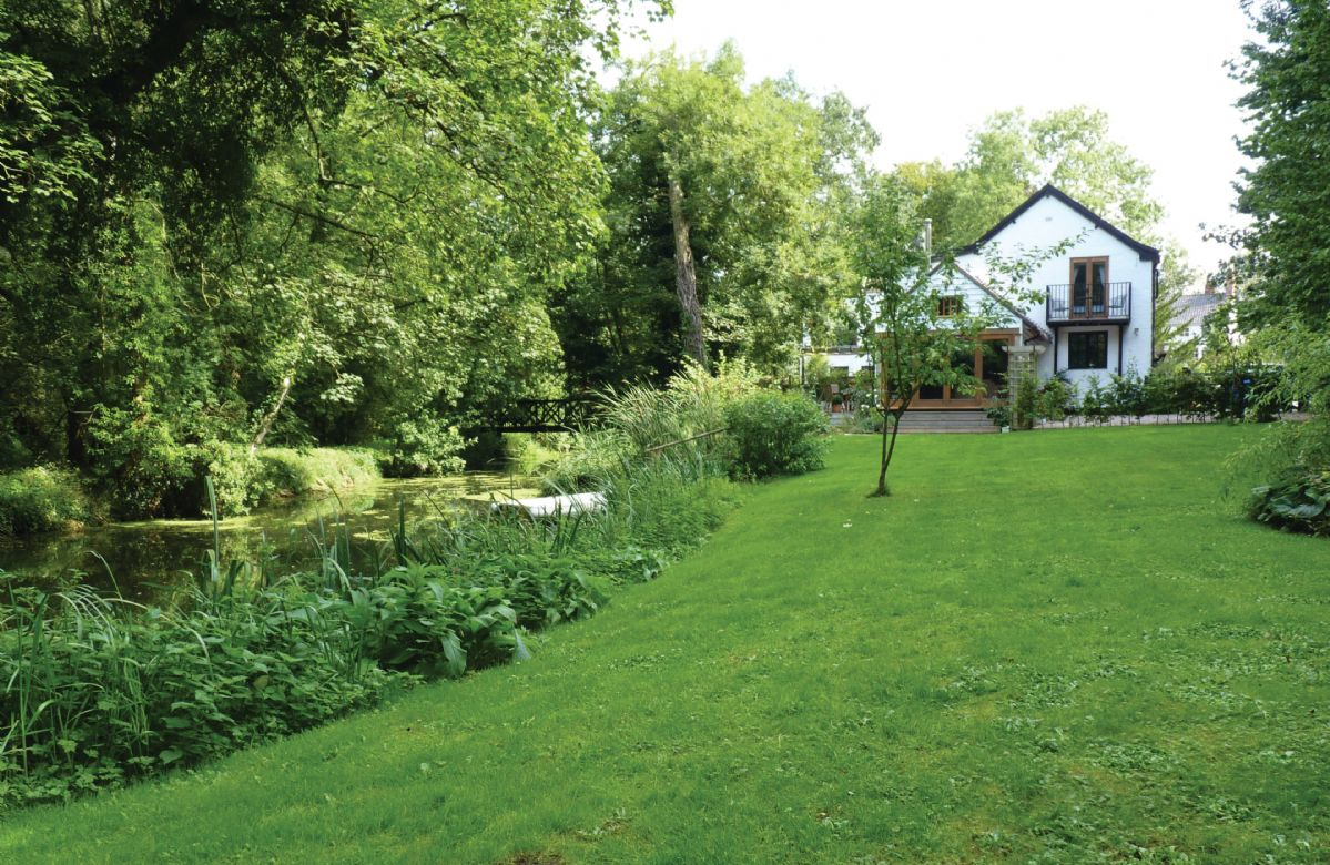 More information about Riverside Cottage - ideal for a family holiday