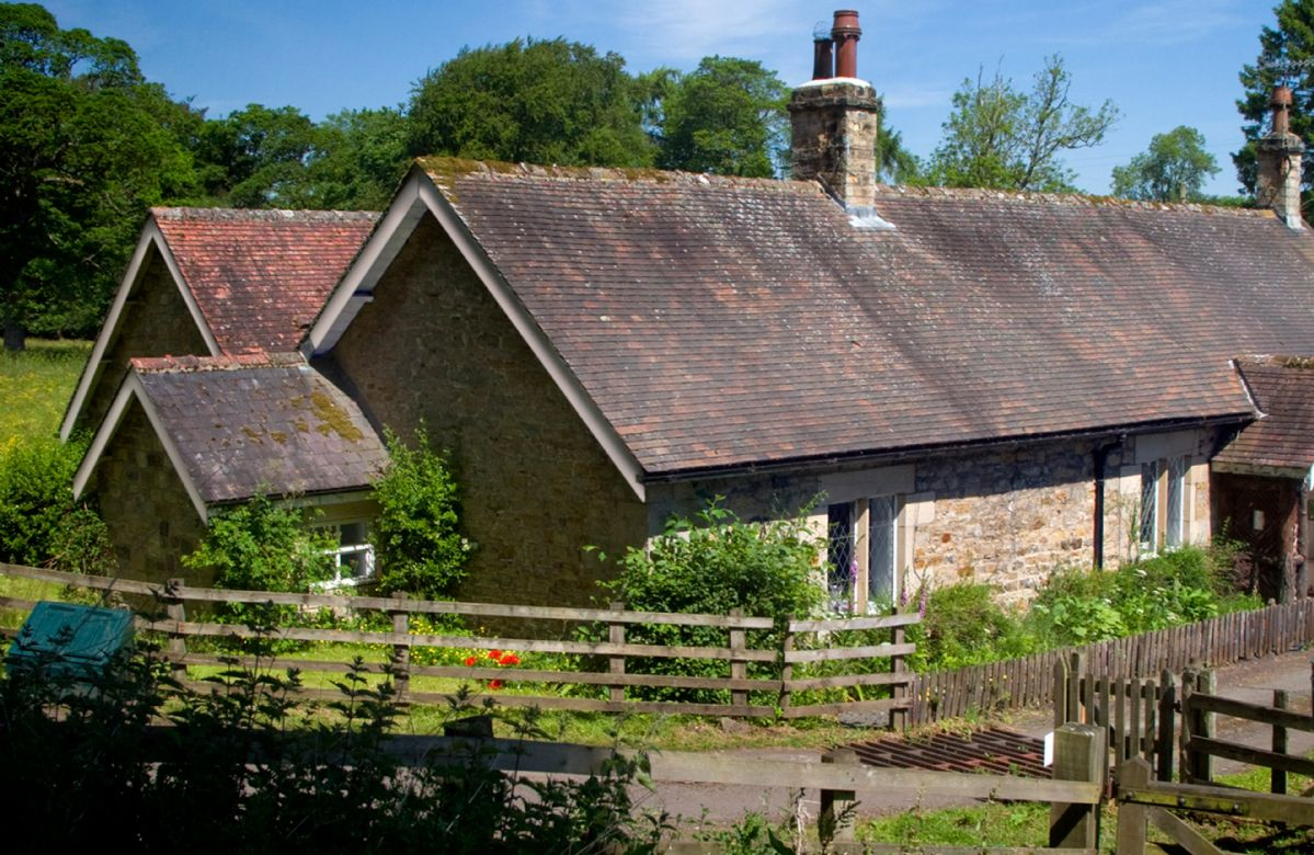 More information about Haughton Castle - Garden Cottage - ideal for a family holiday