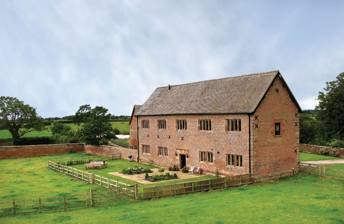 More information about Cromwells Manor - ideal for a family holiday