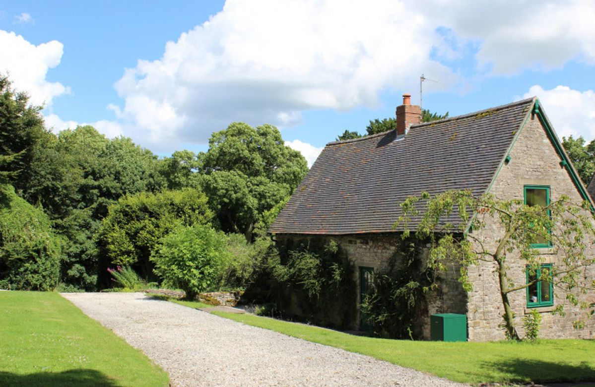 More information about Dovedale Lodge - ideal for a family holiday