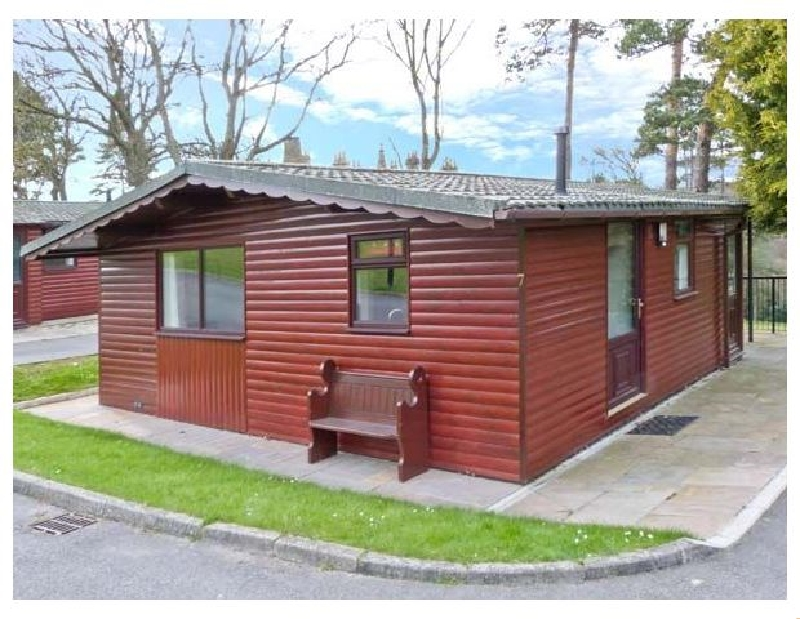 More information about Violet Lodge - ideal for a family holiday