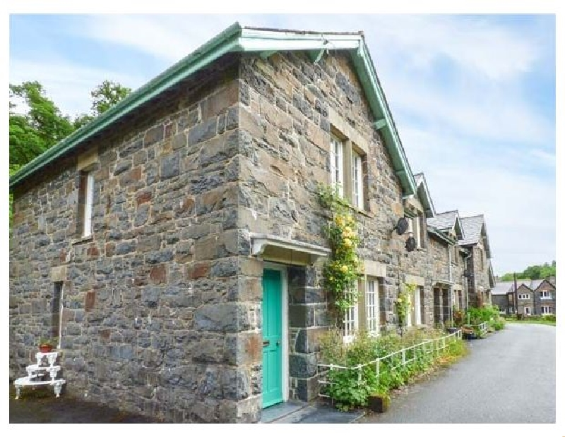 More information about 3 Glanrafon - ideal for a family holiday