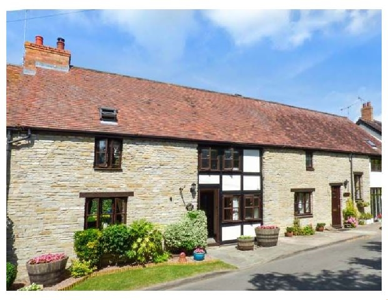 More information about West End Barn - ideal for a family holiday