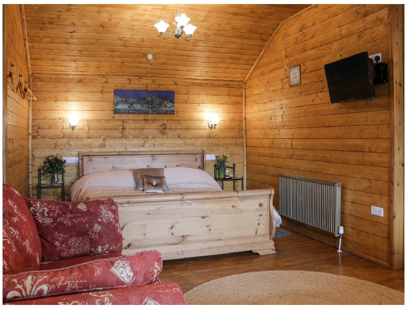 More information about The Gathering - Blossom Cabin - ideal for a family holiday