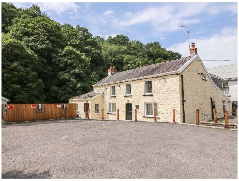 More information about Old Tredegar Arms - ideal for a family holiday