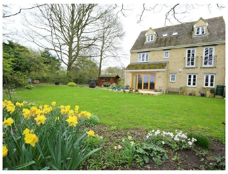More information about 5 Burford Mews - ideal for a family holiday