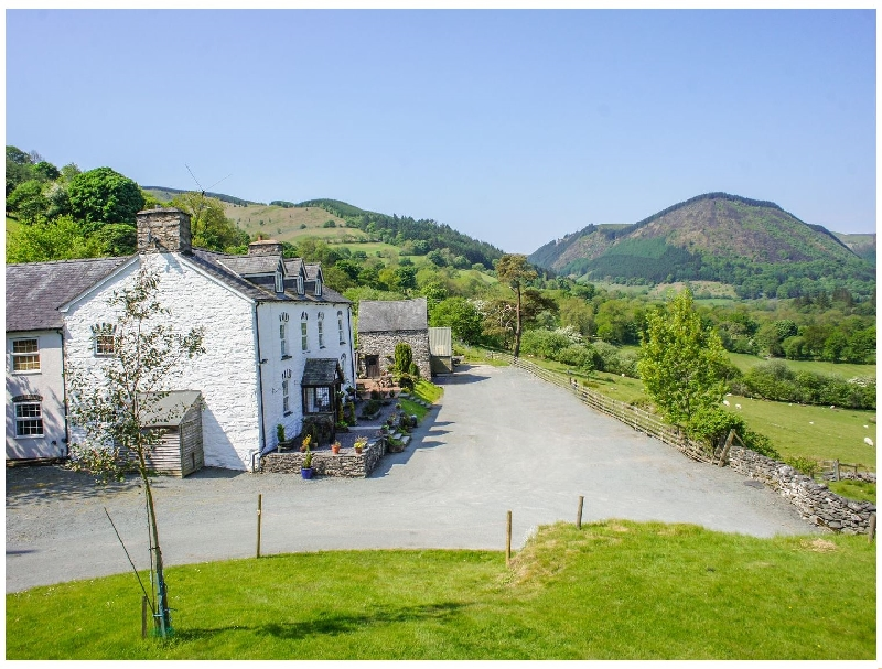 More information about Pengwern - ideal for a family holiday