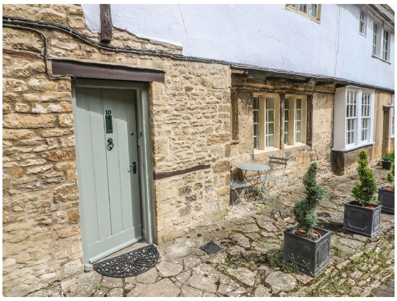 More information about 10 George Yard - ideal for a family holiday