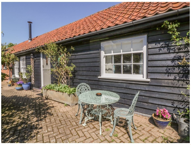 More information about Courtyard Cottage- Poplar Farm Barn - ideal for a family holiday
