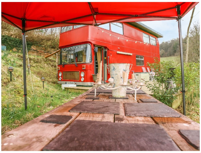 More information about The Red Bus - Winter retreat - ideal for a family holiday