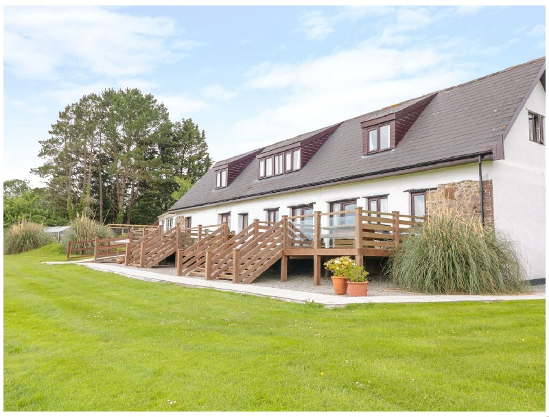 Holly Cottage @ Kingslakes a british holiday cottage for 6 in ,