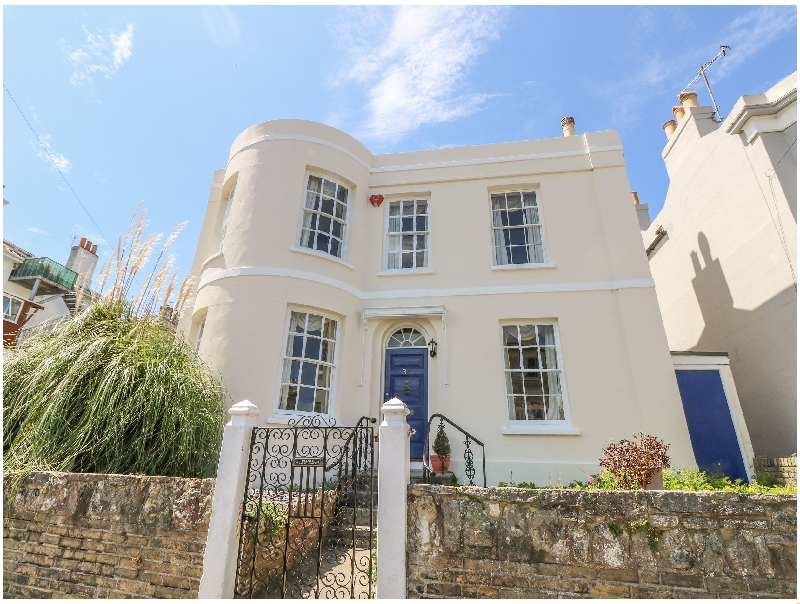 More information about Burford House - ideal for a family holiday