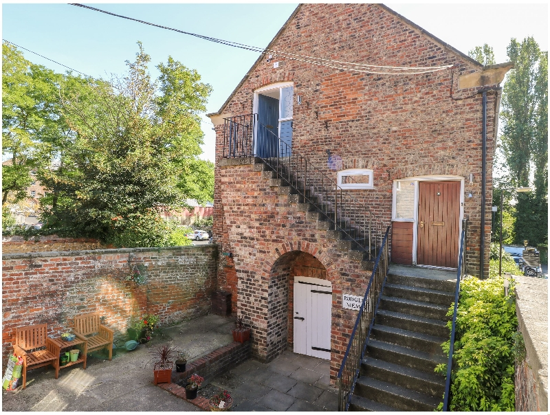 More information about 2 Rodgers Mews - ideal for a family holiday