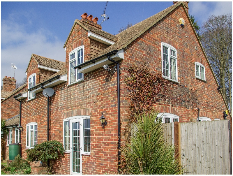 More information about Knights Cottage - ideal for a family holiday