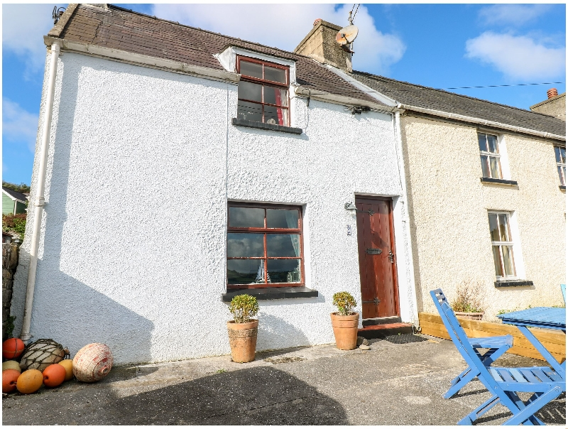 More information about 2 Strand Cottages - ideal for a family holiday