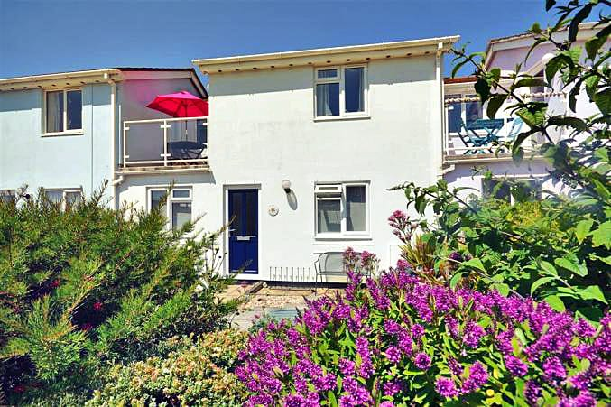 2 West Park Mews a british holiday cottage for 6 in ,