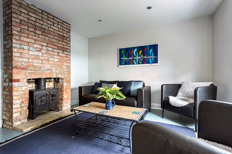 More information about 19 Station Street - ideal for a family holiday