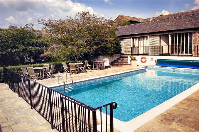 Court Barton Cottage No. 2 a british holiday cottage for 6 in ,