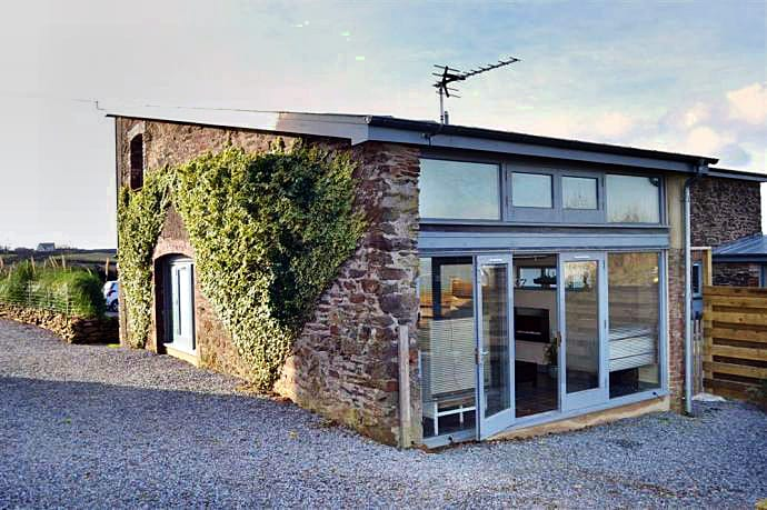 The Den, Dittisham a british holiday cottage for 2 in ,