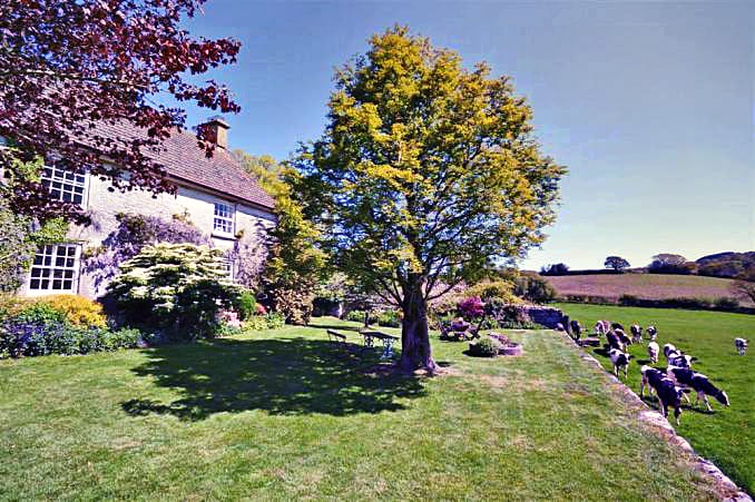 More information about Neadon Cottage - ideal for a family holiday
