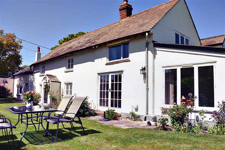 More information about Walnut Tree Cottage - ideal for a family holiday