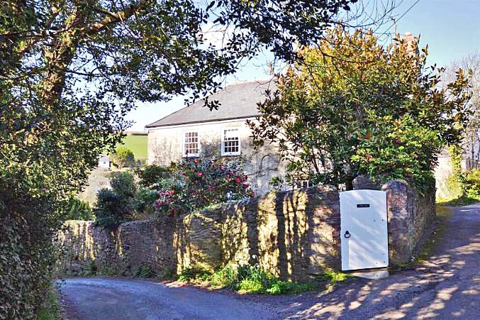 Torr Hill a british holiday cottage for 8 in ,