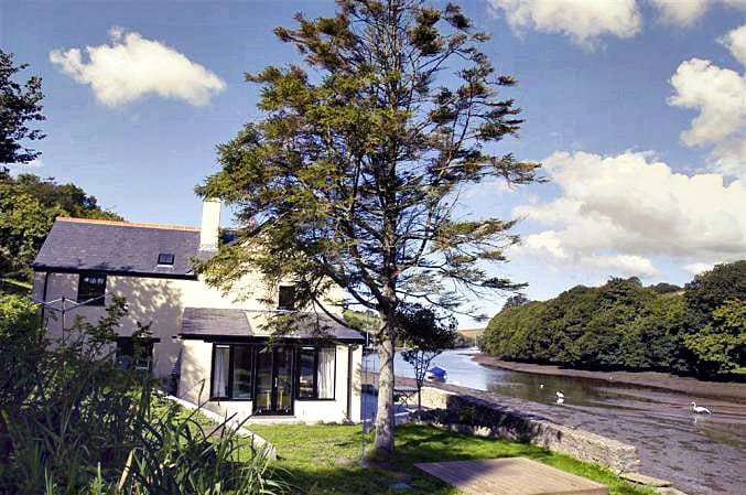 More information about Waterhead Cottage - ideal for a family holiday
